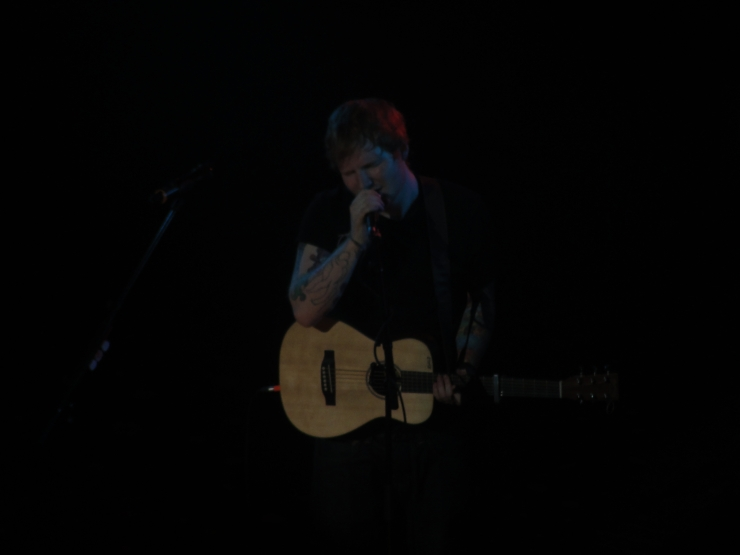 Singing like an angel, like always...